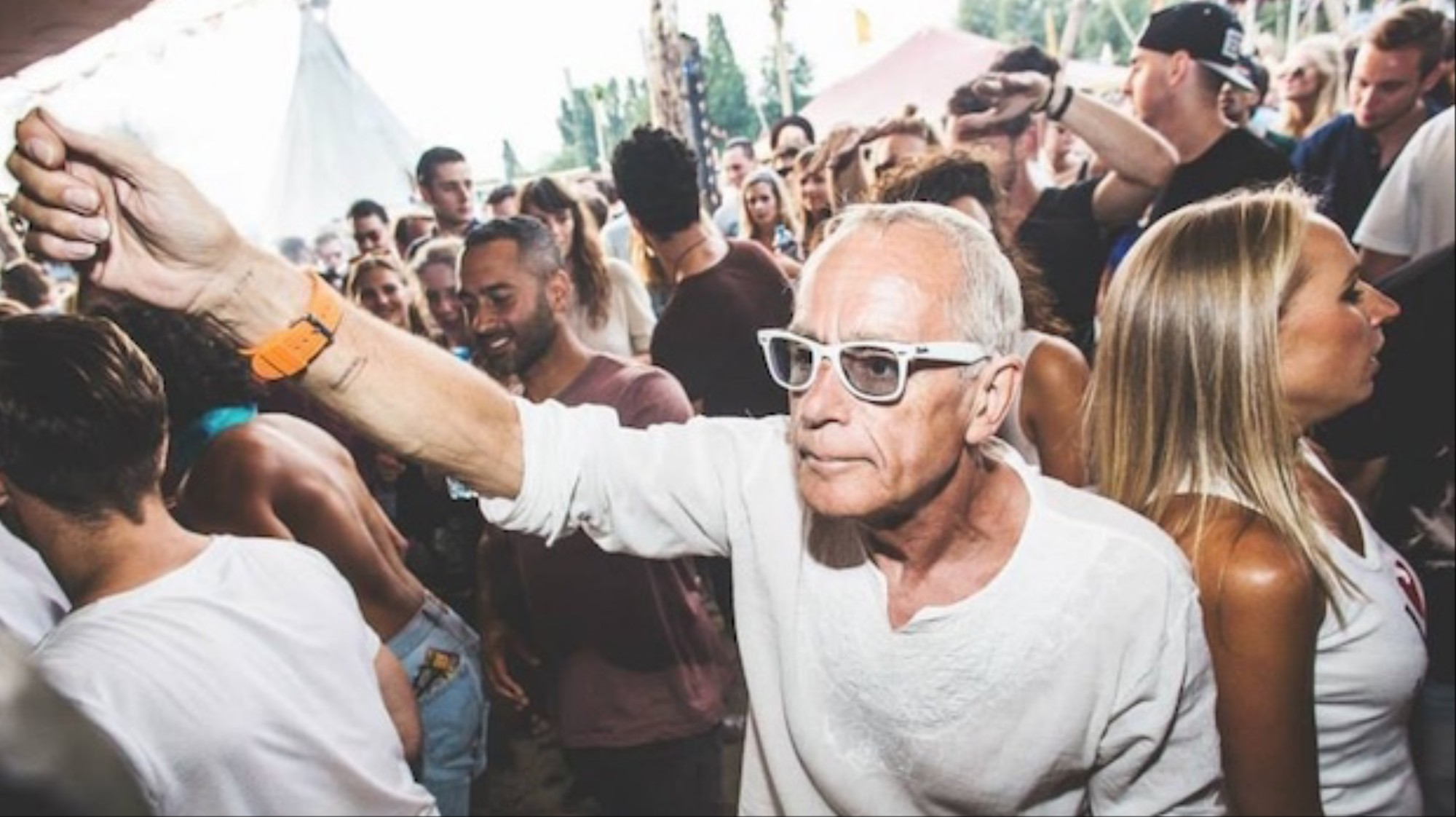 Old Age Party Throwers: The DJs who Ventured Past 40 - VICE