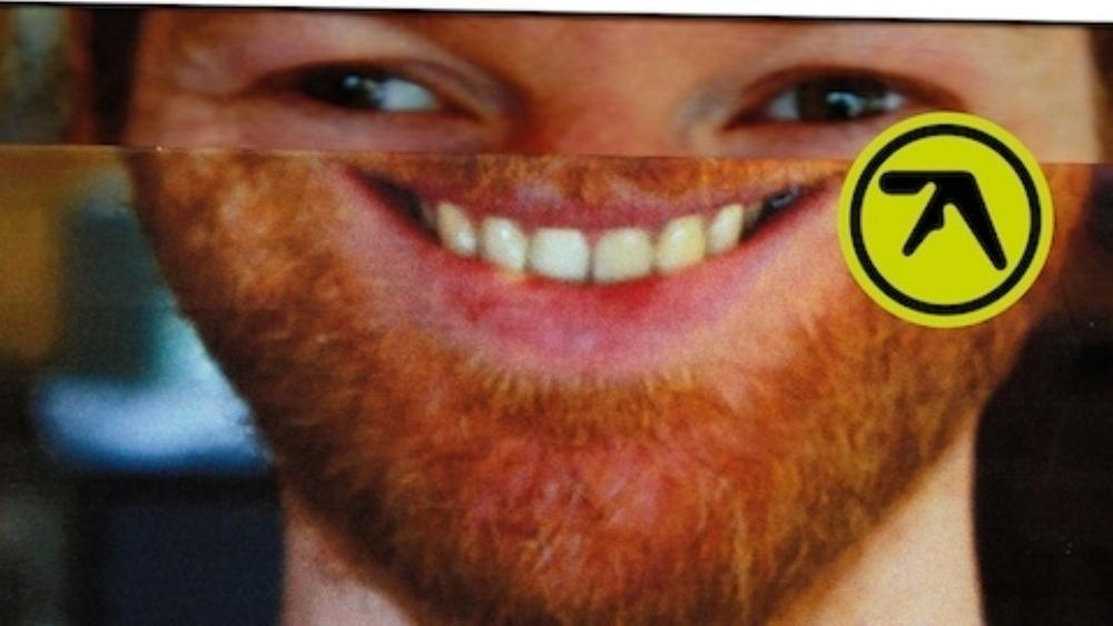 Listen to aphex twin 39 s remix of chicago house classic i for House remixes of classic songs