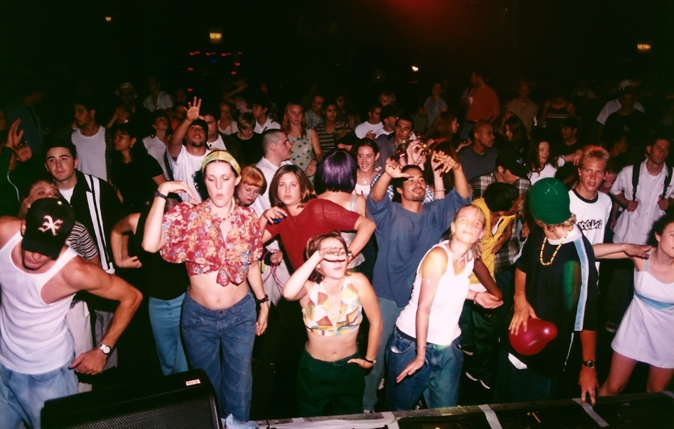 Image gallery 90s rave for Classic underground house music 90s