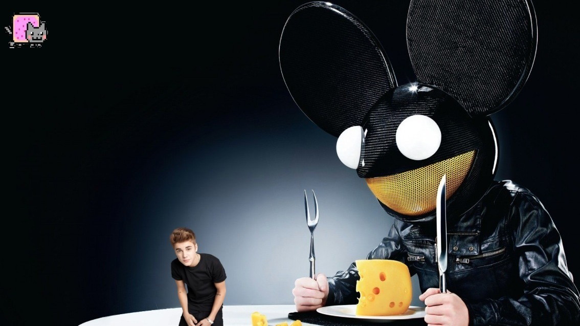 Deadmau5 Trolls Bieber and Jack Ü with a Busted Recorder and His Cat