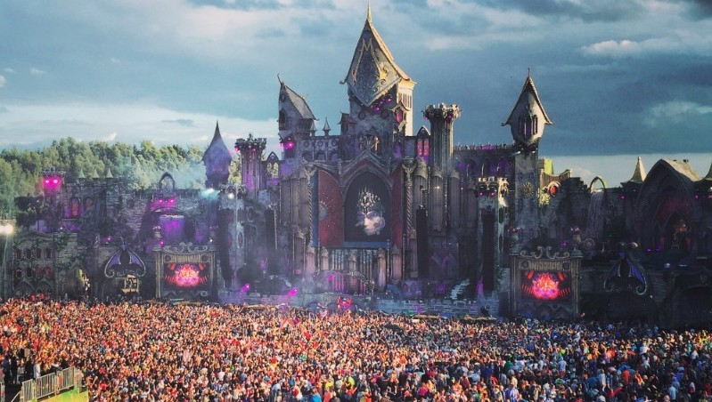 Even God Couldn't Stop the Rave at ​Tomorrowland 2015