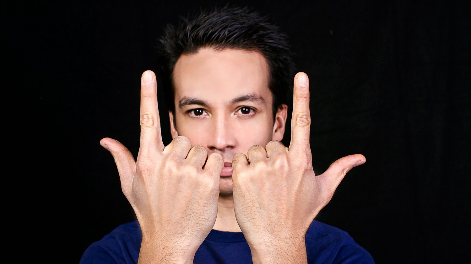 "Laidback Luke and Beatport Clash in ""S.A.X."" Takedown Controversy"