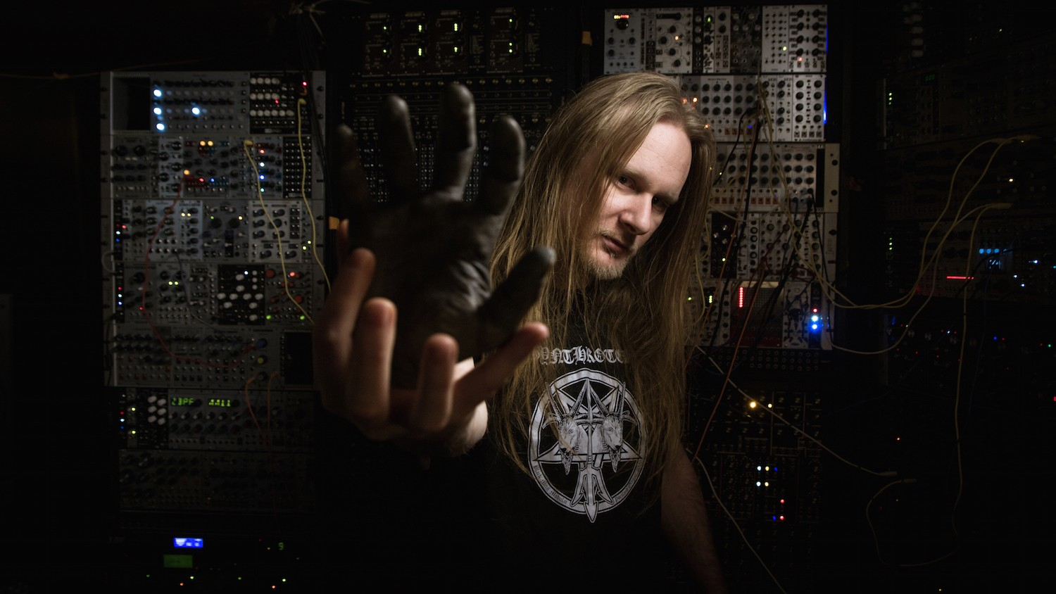 How Venetian Snares' Homemade Modular Synth Inspired His New Album