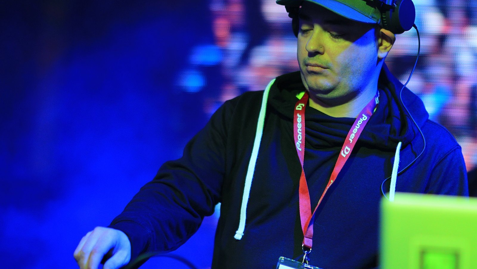 Canada's Largest DJ Trade Show Gave Me a Newfound Respect for Wedding DJs