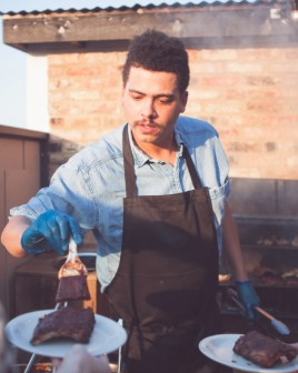 We Went to Seth Troxler's BBQ Restaurant in London and it was Really, Really Good