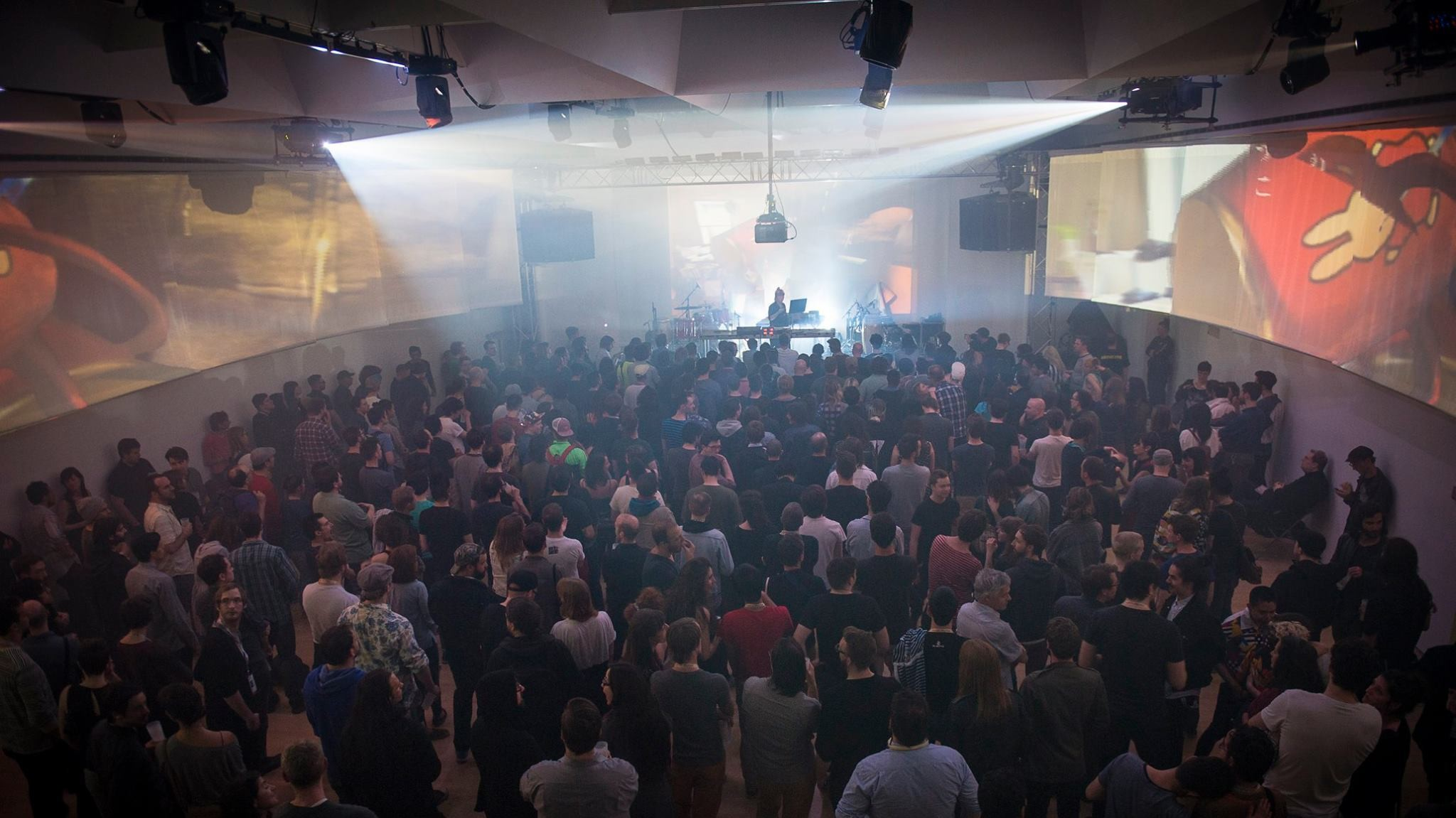From Essaie Pas to Tim Hecker, Here Are THUMP's 10 Must-See Acts at MUTEK 2016