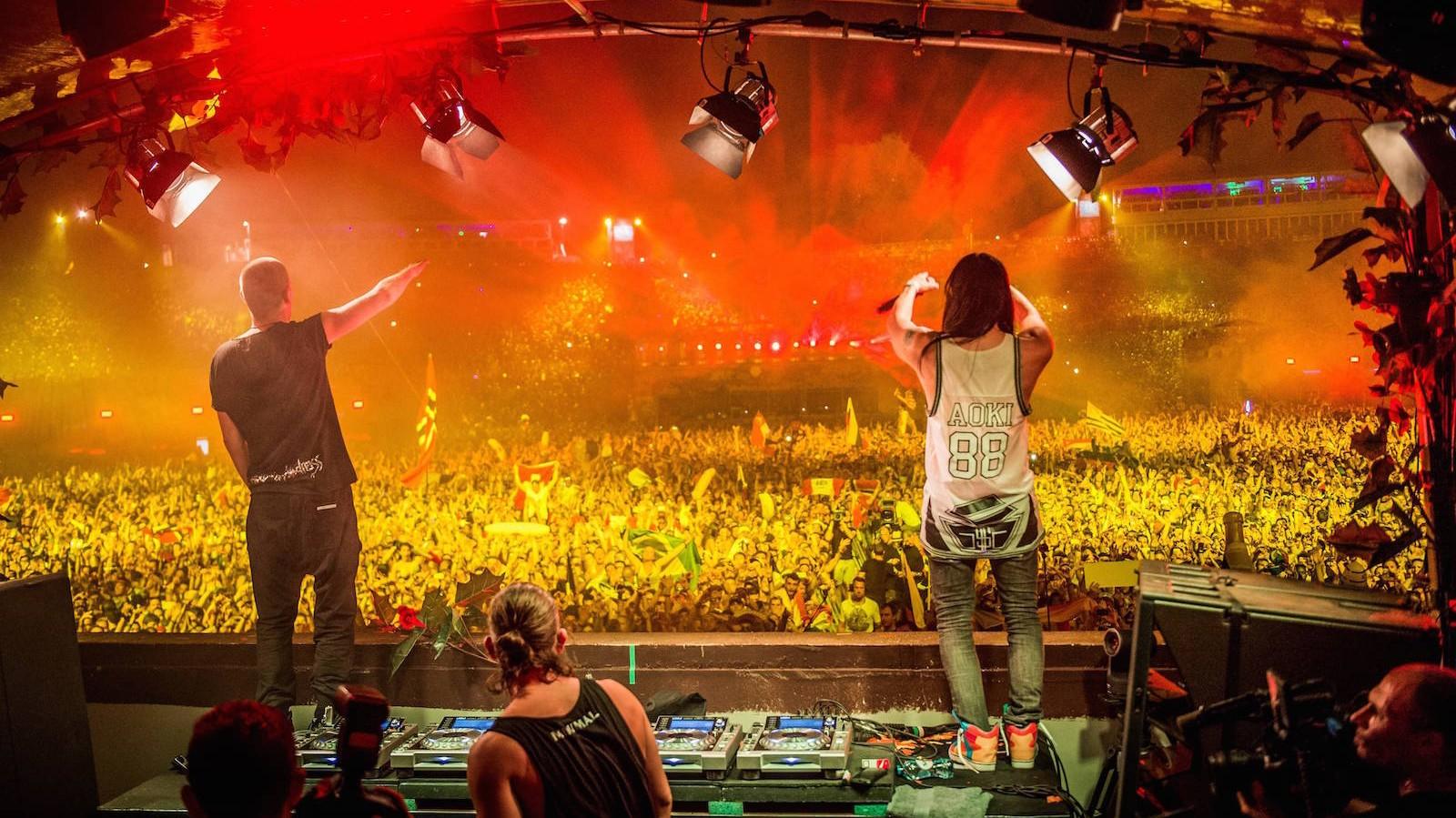 Sollten Like Mike & Dimitri Vegas vom #LollaBerlin ausgeladen werden?