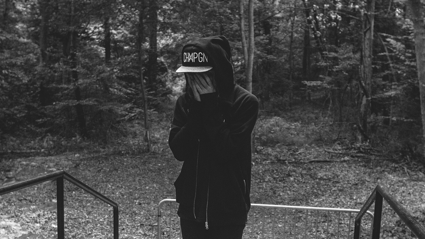 "Cashmere Cat and Selena Gomez Get Paranoid on Their New Single ""Trust Nobody"""