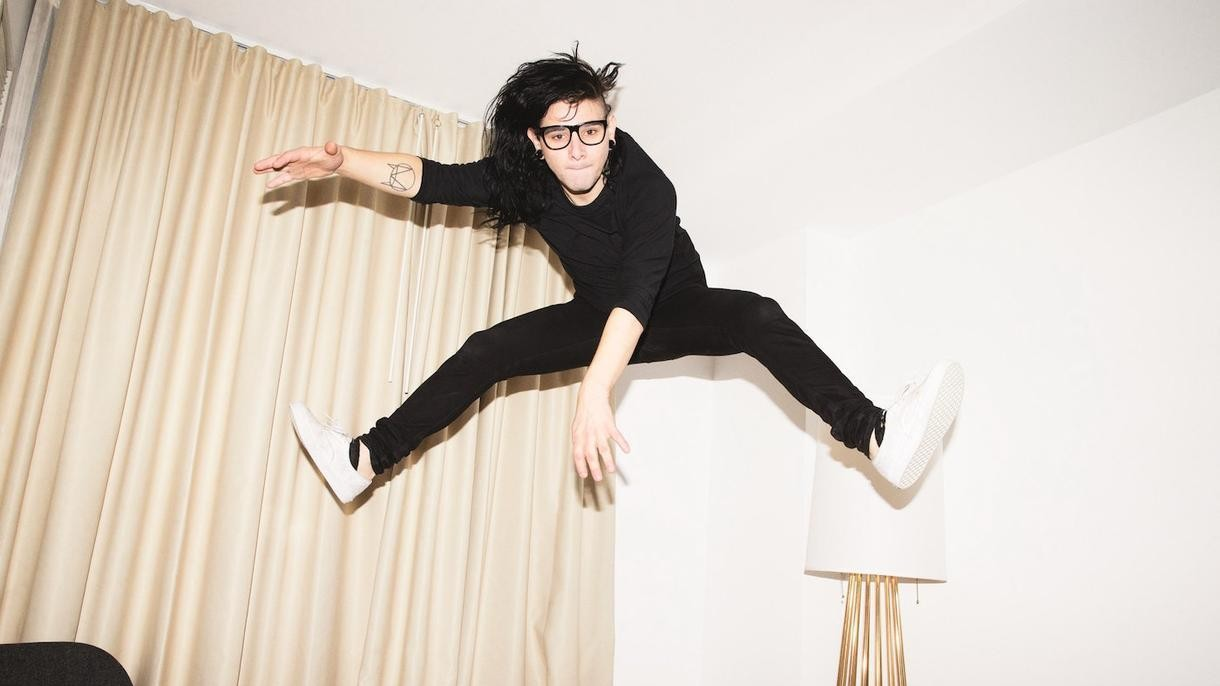 "Skrillex Reunites With His Former Band, From First To Last, for Their New Single, ""Make War"""