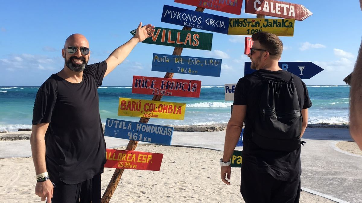 Foto Diario: Chus & Ceballos de fiesta en la playa