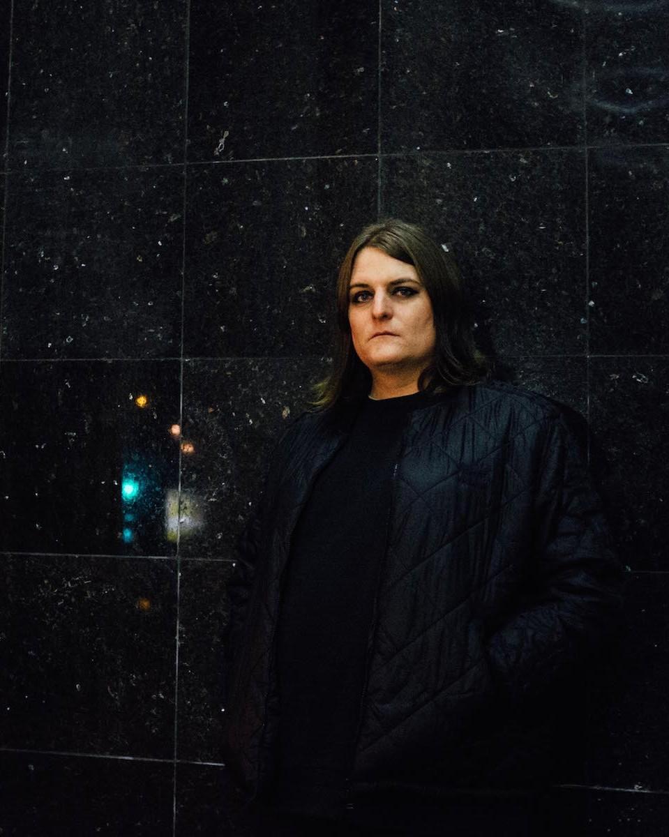 Ziúr macht Schattenmusik für den totalen Abriss