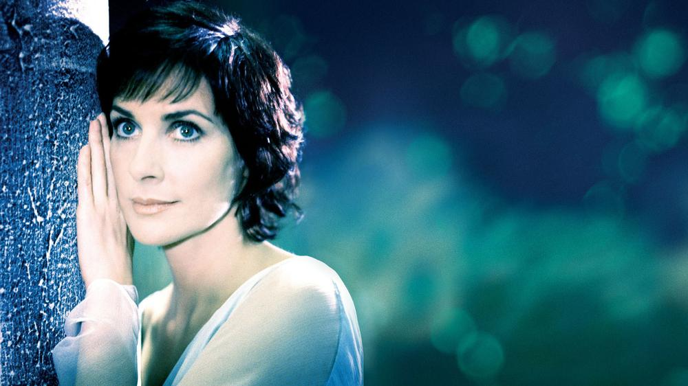 How Exactly Did Enya Become One of the Richest Musicians in the World?