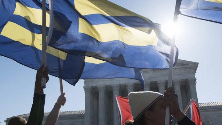 Supreme Court Ruling Legalizes Same-Sex Marriage Nationwide