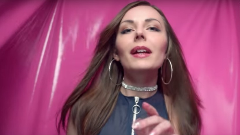 Watch PC Music Poster Girl Hannah Diamond's New Video, 'hi'