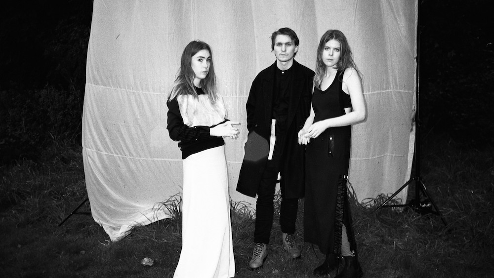 """Samaris' """"Black Lights"""" Will Melt Your Preconception That Icelandic Music is Always Cold"""