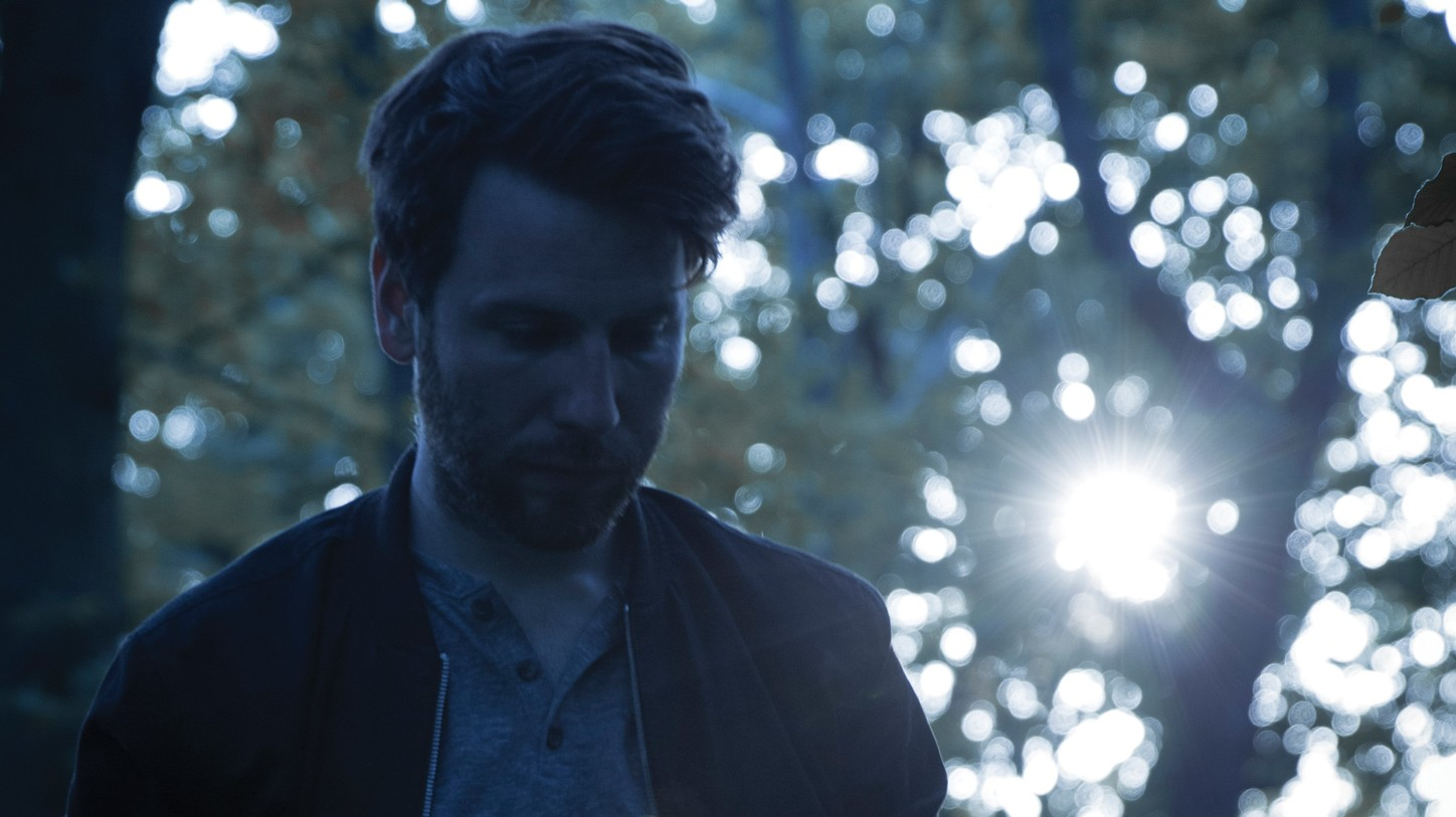 Rival Consoles Pays Homage on the Legacy of Minimalist Composition with Striking New Single