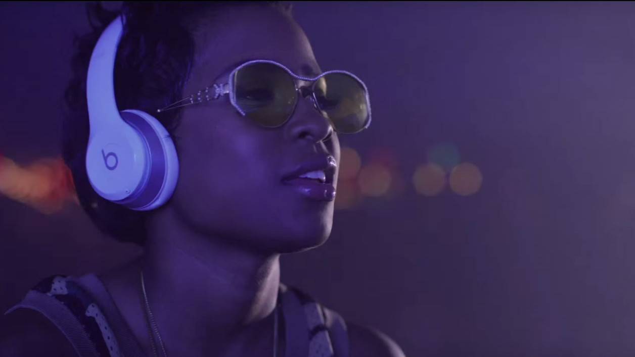 DeJ Loaf's New Video Pays Homage To Historic Detroit Dance Style, the Jit
