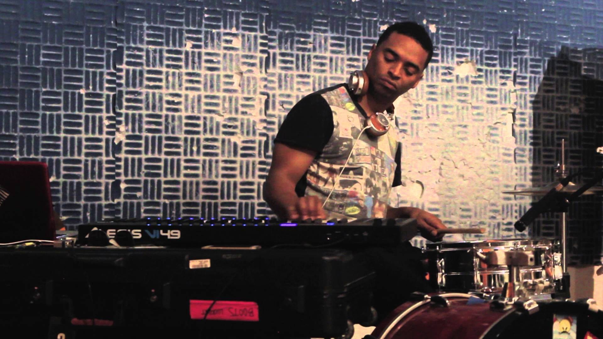 Watch a Short Video Documenting Deantoni Parks's Cyborg Grooves