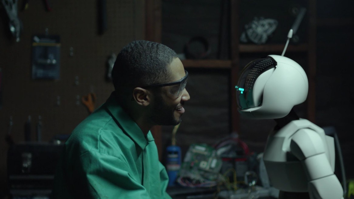 "Watch Kaytranada Make an Adorable Robot Friend in ""Lite Spots"" Video"