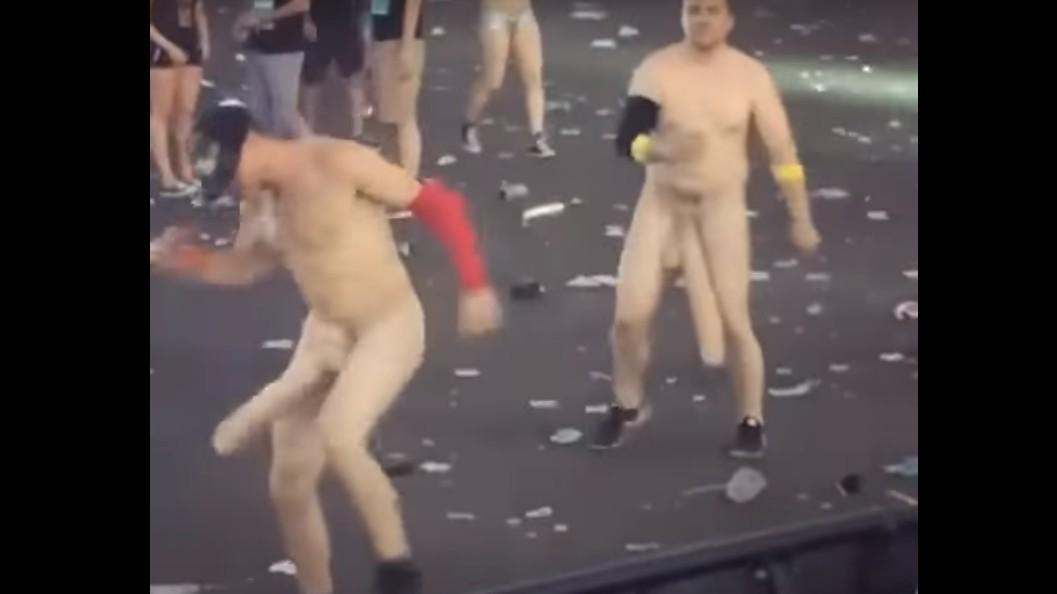 Bajo ninguna circunstancia vayas a un festival disfrazado de pene