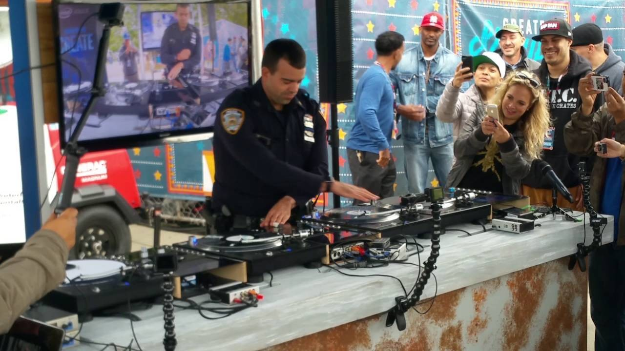 This Police Officer Scratched Vinyl Records for a Crowd of People and No One Got Arrested for Filming
