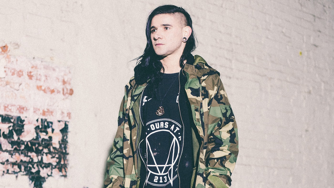 Skrillex Stopped His Fiji Show So This Guy Could Propose to His Girlfriend on Stage